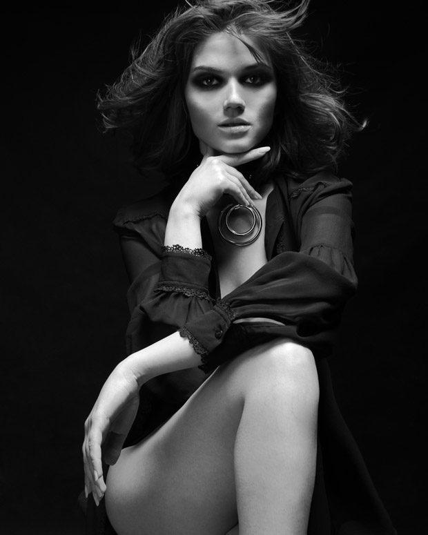 Joanna Ganczarska for Pawel Widurski