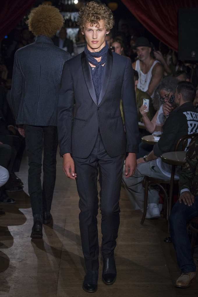 "John Varvatos Menswear: ""The Urban Romantic"""