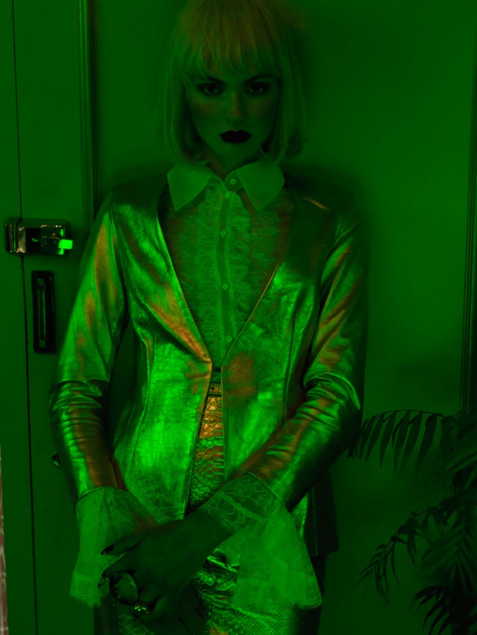 Julia S by Henryk Lobaczewski in Green House
