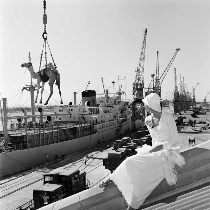 Jill Kellington, Vogue Francia, Port Sudan Artist Gian Paolo Barbieri Year 1974 Media Vintage Silver Gelatin Photograph Size 73x65 cm Notes Ed. 15