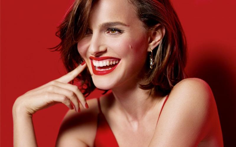 Rouge Dior, la nuova campagna ha il volto di Natalie Portman