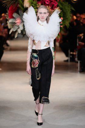 Viktor & Rolf Couture Spring 2017