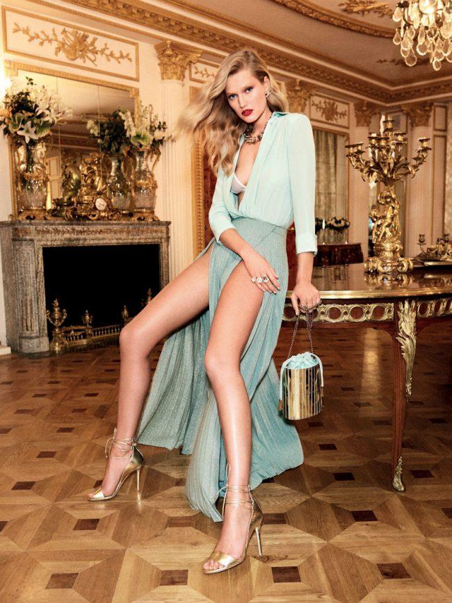 Elisabetta Franchi - campagna pubblicitaria Primavera/Estate 2017 feat. Toni Garrn