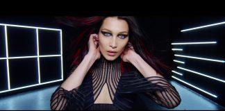 Versace: il potere delle donne è un inno all'unità