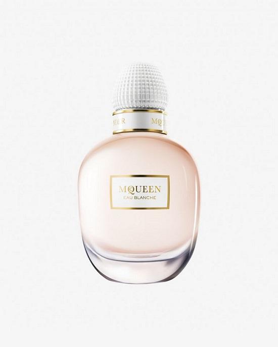 Il nuovo profumo Eau Blanche di Alexander McQueen