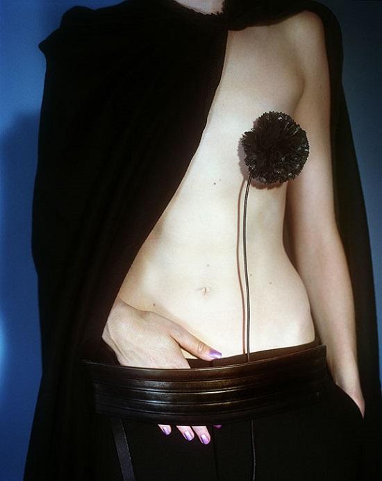 Mario Testino, Vogue Paris, Paris, 2001 © Mario Testino