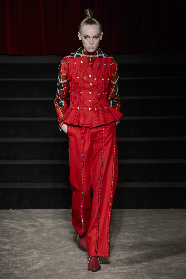 Antonio Ortega - Défilé Couture FW17 fashionpress.it