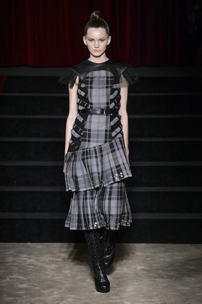 Antonio Ortega - Défilé Couture FW17 fashionpress.it