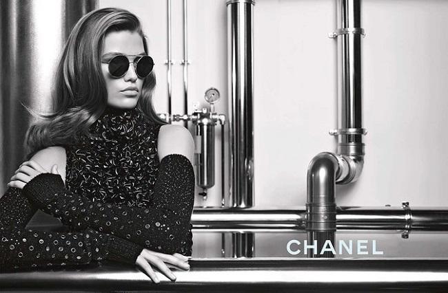 Chanel Fall‑Winter 201718 eyewear campaign.