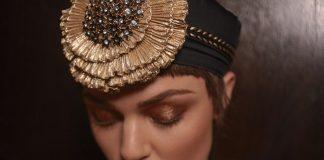 Bank Lady: trama, abiti e ispirazioni rétro per l'ultimo fashion film di Mario Lopes Fashionpress.it