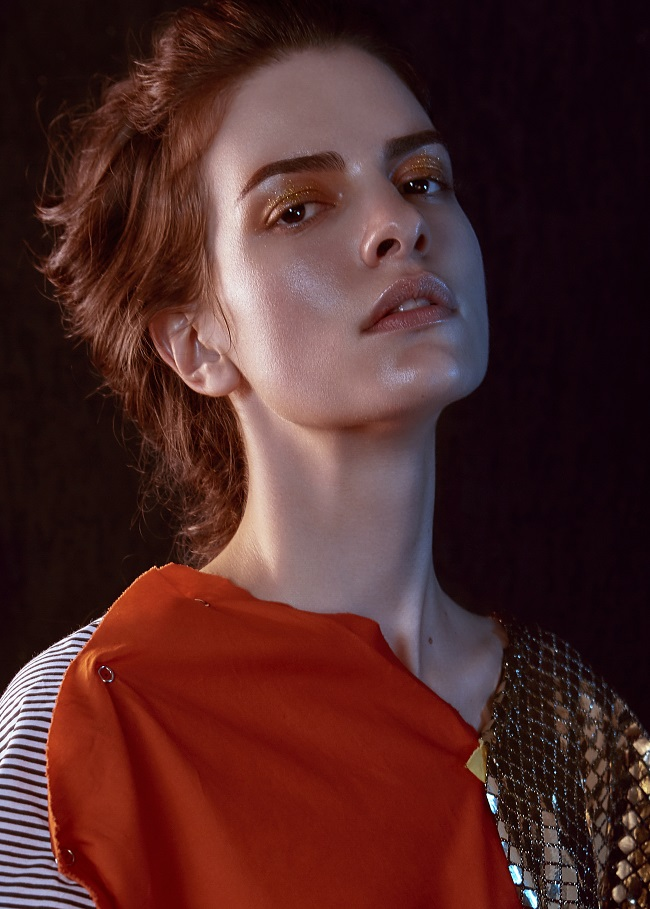 Rebecca Gobbi, musa di Gil Anderson, stordisce nel beauty editorial di Mario Lopes