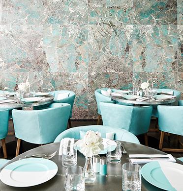A colazione da Tiffany & Co apre il Blue Box Café allo store di New York