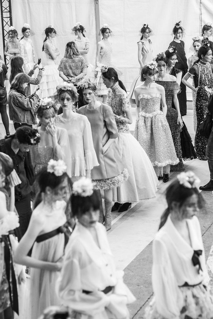 Chanel: collezione HauteCouture Primavera Estate 2018 al Grand Palais