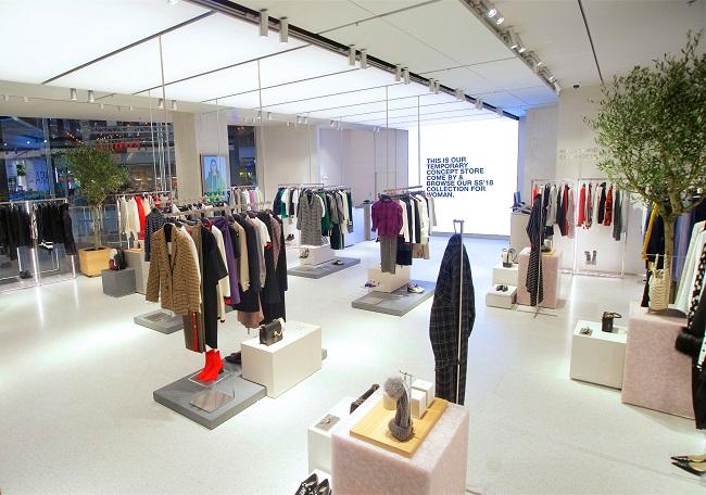 Zara apre a Londra il primo pop-up dedicato esclusivamente agli ordini online