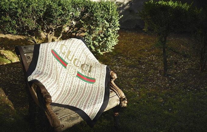 Gucci i foulard in seta della collezione Cruise 2018