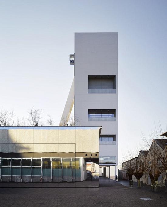 Fondazione Prada annuncia l'apertura della Torre