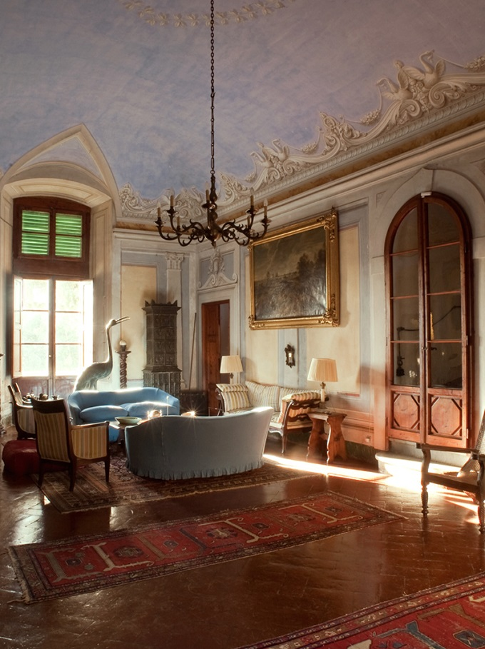 Il Castello Sonnino domina le colline toscane del Chianti