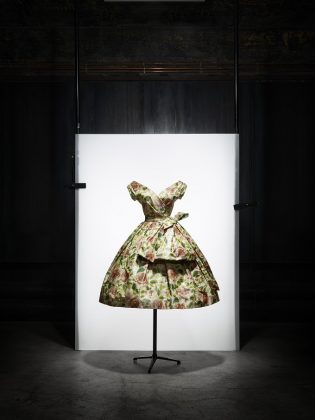 Dior presents Musee Christian Dior in Granville – The Treasures of the Collection: 30 Years of Acquisitions.