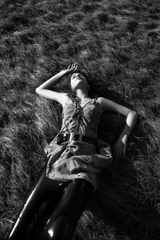 Filip Koludrovic Captures Jovana Cebzanovic For Elle Slovenia
