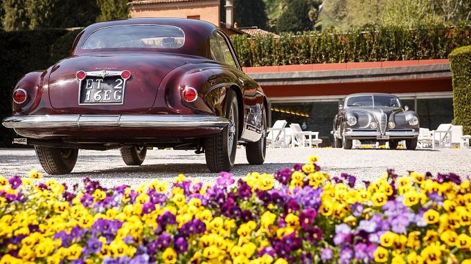 Villa d'Este Style 2018One Lake, One Car