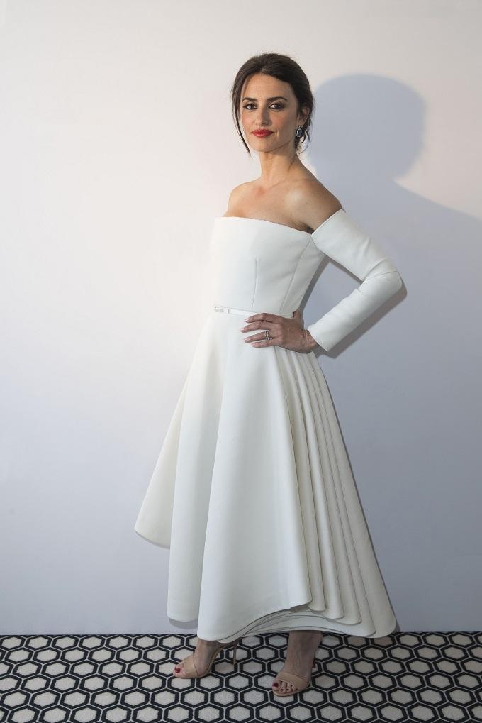 Penelope Cruz is dressed by Dior