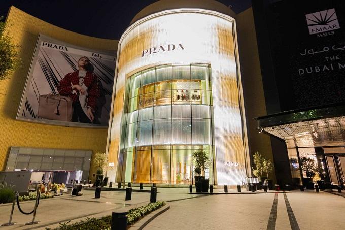 Nuovo negozio Prada: The Dubai Mall, Fashion Avenue