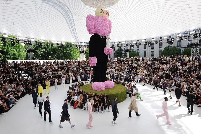 Kim Jones makes Dior debut with Paris menswear show