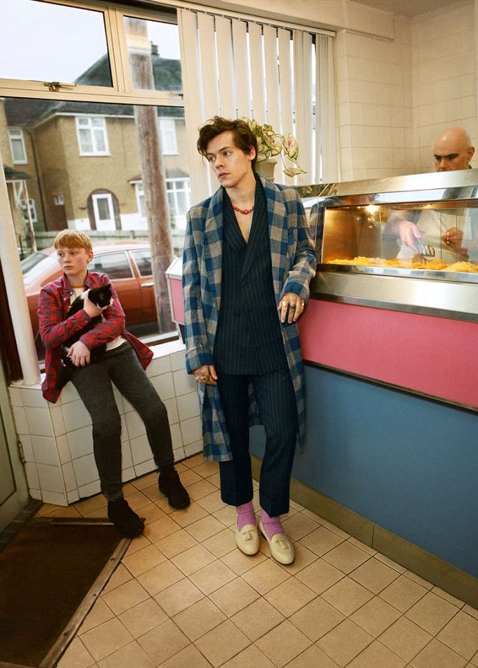 Harry Styles nella nuova campagna Gucci Tailoring