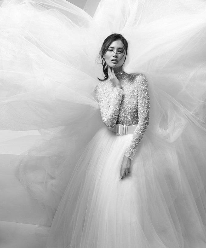In esclusiva a Como nell'Atelier Tosetti i più prestigiosi brand del mondo sposa