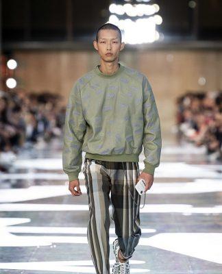 Milano Moda Uomo I volumi senza peso di Ermenegildo Zegna fashionpress.it