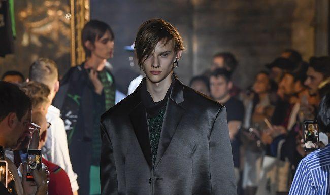 Raf Simons at Paris Fashion Week Men's SS 2019 fashionpress.it
