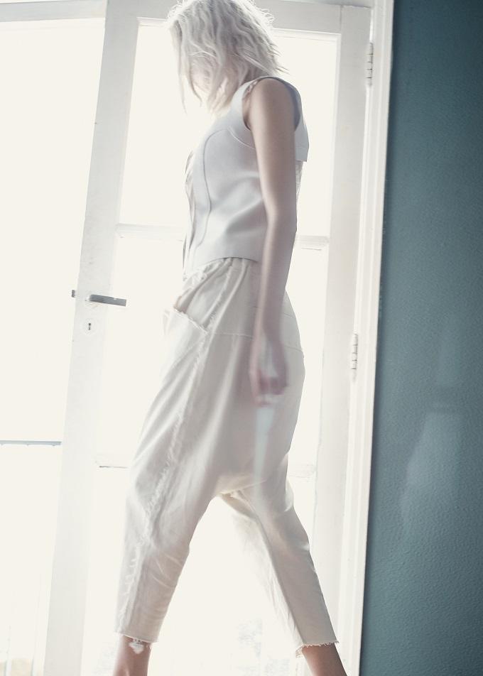 Blanco Elle Fadani by Mario Lopes for Fashionpress.it