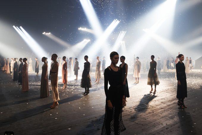 PFW: La danza di Dior che incanta