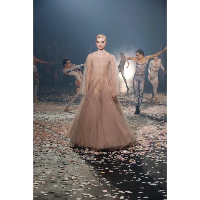 PFW La danza di Dior che incanta (3)