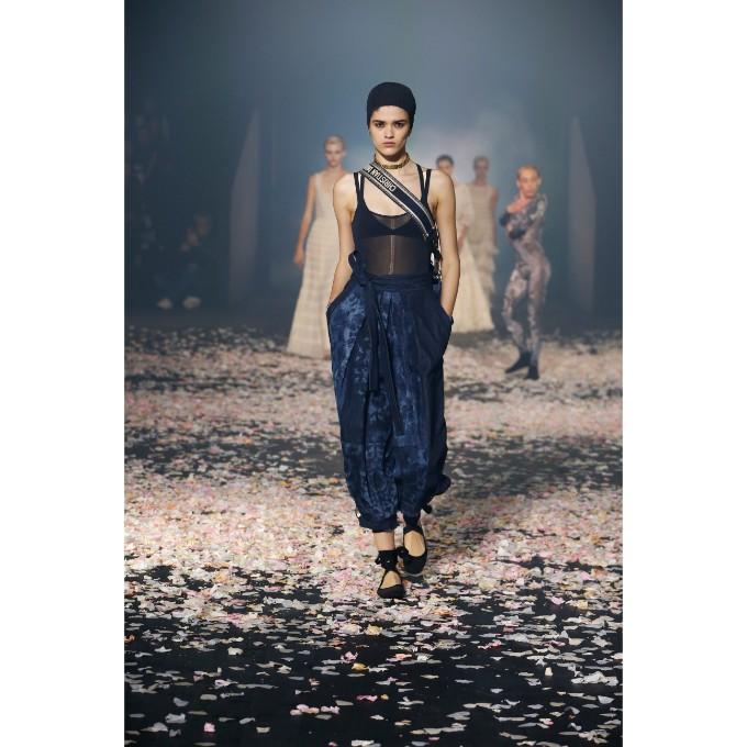 PFW La danza di Dior che incanta (2)