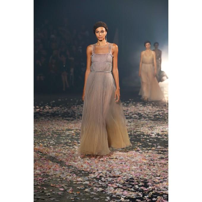 PFW La danza di Dior che incanta