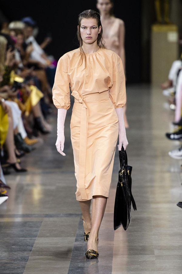Rochas: Couture in a Minimalist Mood