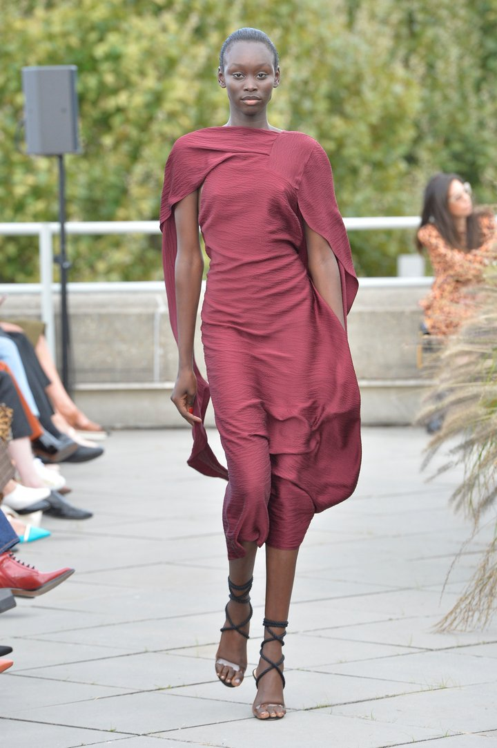 Roland Mouret Ready To Wear Spring Summer 2019 London