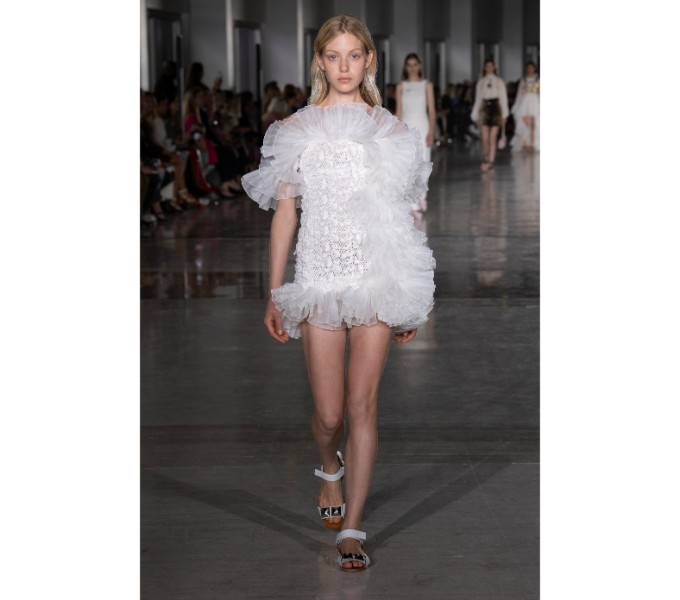 An androgynous touch from Giambattista Valli