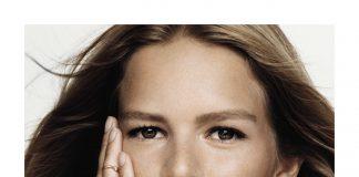 La Rose Dior: la campagna con la modella Anna Ewers