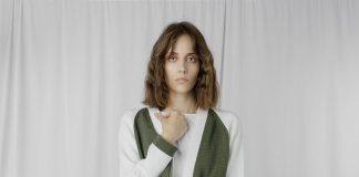 EllemenTi, il brand sartoriale e Made in Italy, propone la gonna con strato di PVC.