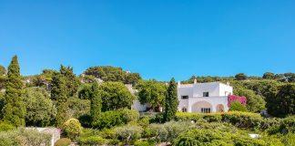 Capri, in vendita la magnifica villa dove fu di casa Totò