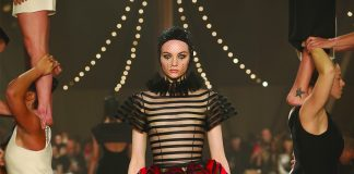 Dior puts on circus-themed couture show