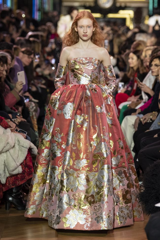 "Schiaparelli Couture Spring/Summer 2019 Paris - ""Dream of Star's flowers"""
