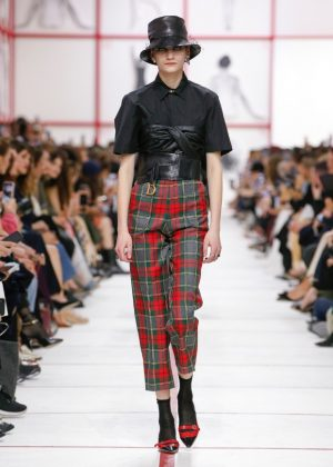 Dior's Tribute to Teddy Girls fashionpress.it