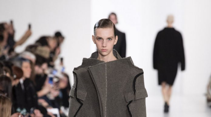 Maison Margiela AW19 offered up an antidote to digital overload - fashionpress.it