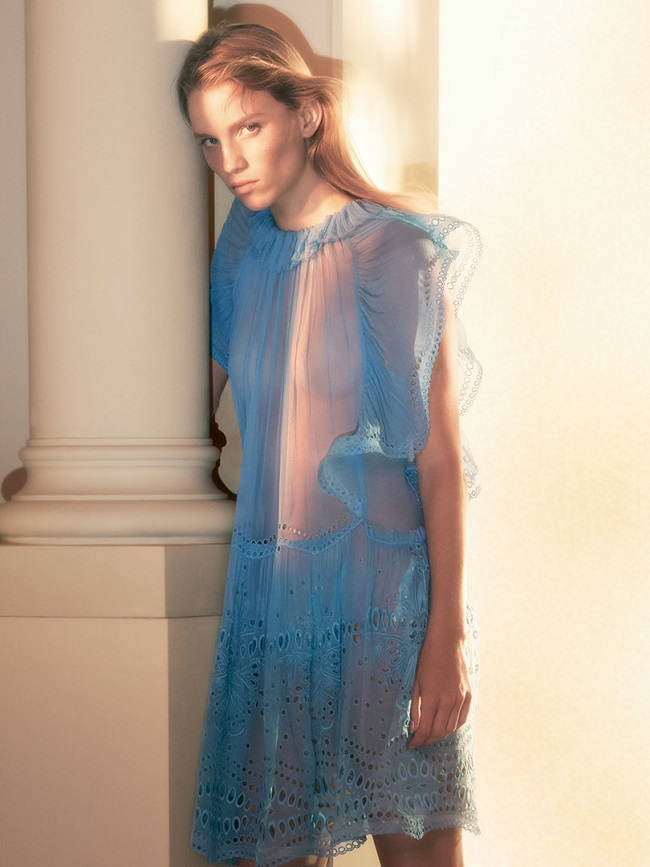 Rebecca Leigh Longendyke Models Alberta Ferretti SS19 Collection