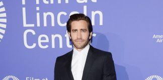 Jake Gyllenhaal indossa Burberry