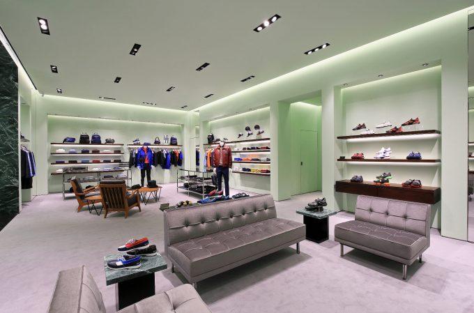 Prada apre un nuovo negozio a Chongqing
