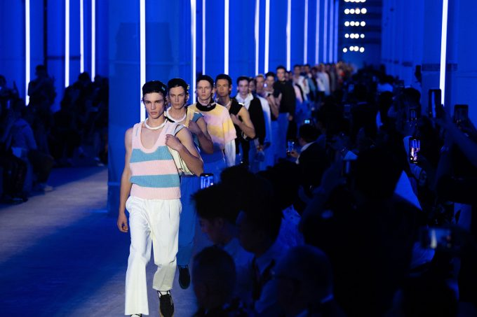 L'optimist rhythm dell'uomo Prada a Shanghai
